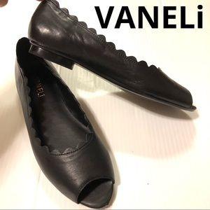 VANELi Arty scalloped peep toe ballet flats 7N EUC